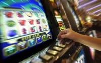 """""""Così il gioco d'azzardo distrugge l'economia della nostra provincia"""""""